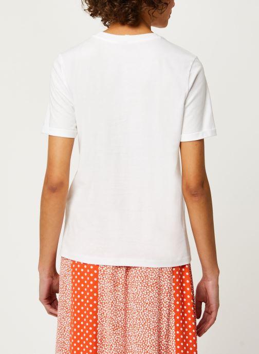 Vêtements Pieces T-Shirt Pcria Ss Fold Up Solid Tee Noos Bc Blanc vue portées chaussures