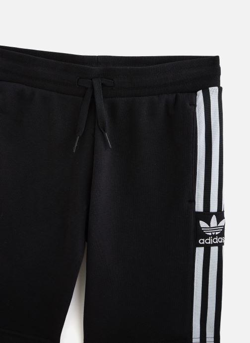 Vêtements adidas originals Lock Up Shorts J Noir vue portées chaussures