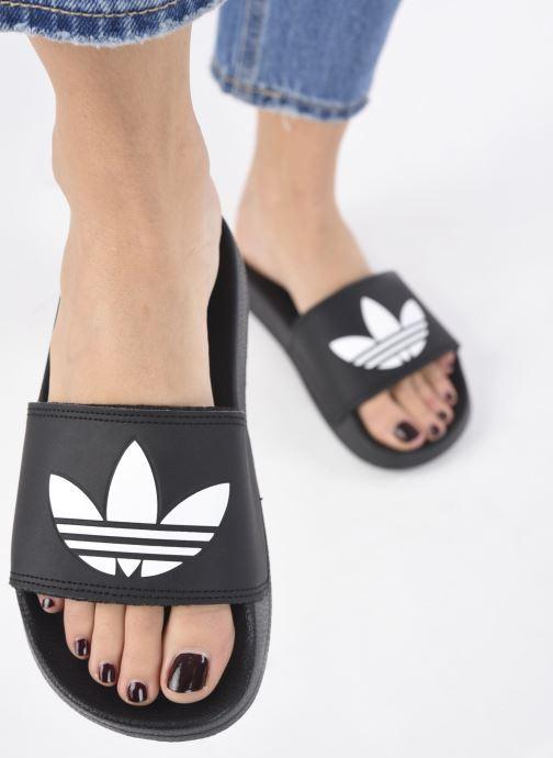 Mules et sabots adidas originals Adilette Lite W Noir vue bas / vue portée sac