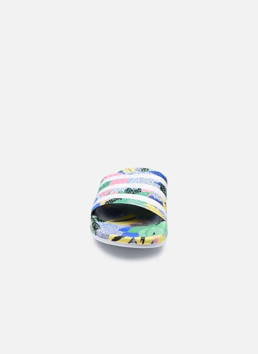 Zoccoli adidas originals Adilette Lite W Multicolore modello indossato