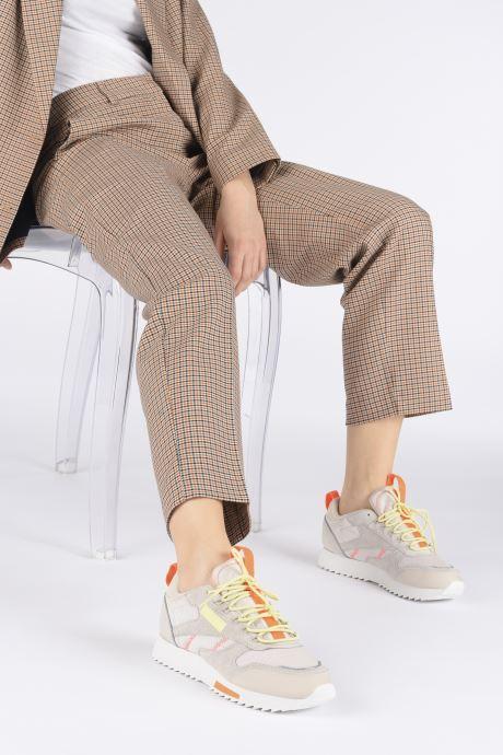 Chaussures de sport Reebok Cl Leather Ripple Trail W Beige vue bas / vue portée sac