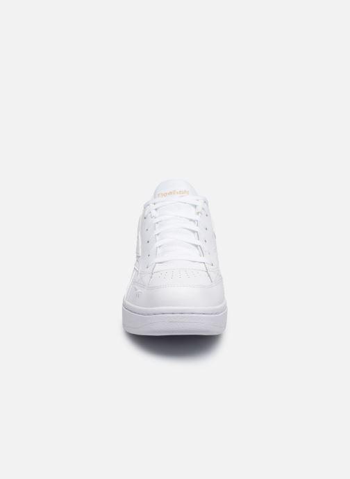 Sneakers Reebok Court Double Mix Bianco modello indossato