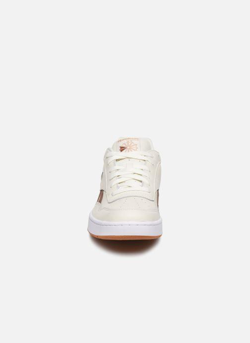 Baskets Reebok Bb 4000 Blanc vue portées chaussures