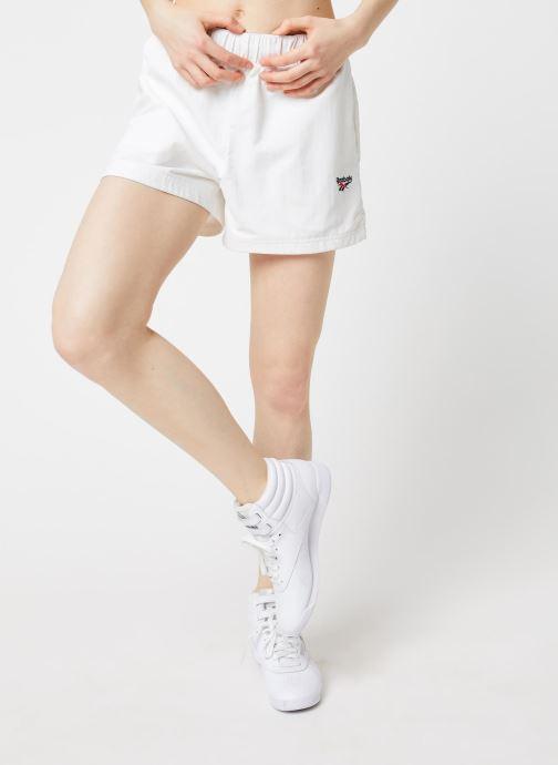 Vêtements Reebok Cl D Team Shorts Blanc vue détail/paire