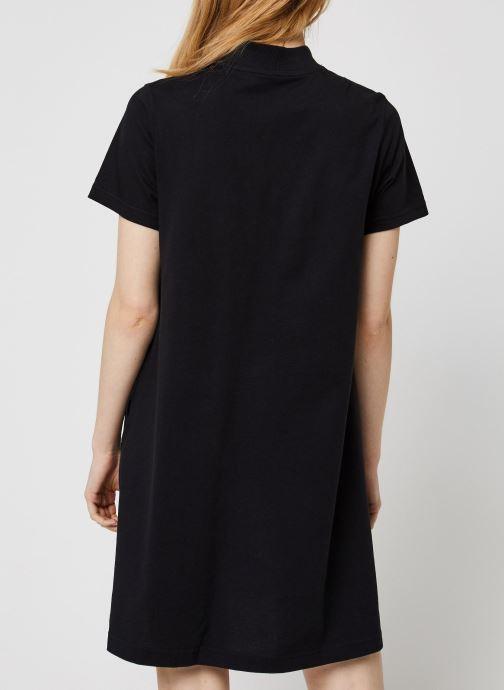 Vêtements Reebok Cl F Vector Dress Noir vue portées chaussures