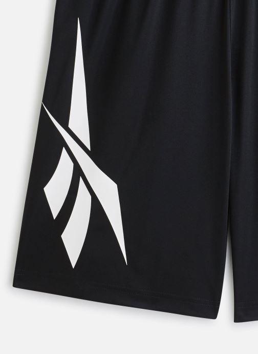 Vêtements Reebok Cl D Soccer Shorts Noir vue portées chaussures