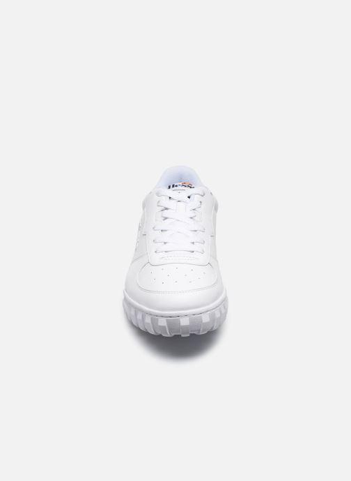 Sneakers Ellesse Tanker Lo Lthr M Bianco modello indossato