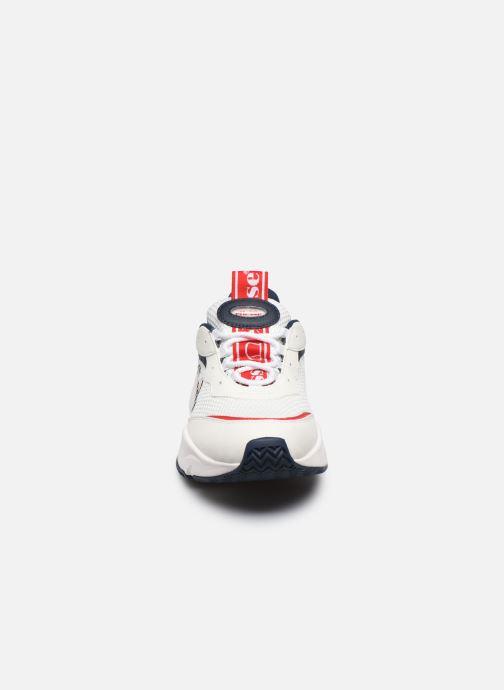 Sneakers Ellesse Massello Synt Bianco modello indossato