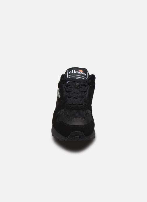 Sneakers Ellesse 147 Sued W Zwart model