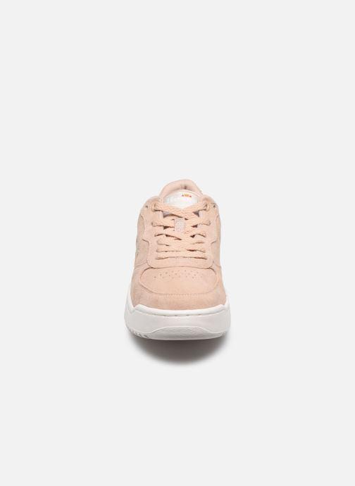 Sneakers Ellesse Varese Sued W Beige model