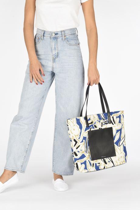 Handtaschen PS Paul Smith Tote Bag Lucky blau ansicht von unten / tasche getragen