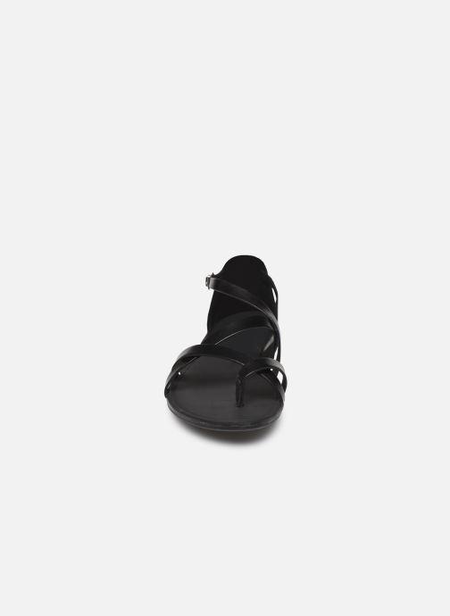 Sandalias Vagabond Shoemakers TIA 4931-083 Negro vista del modelo