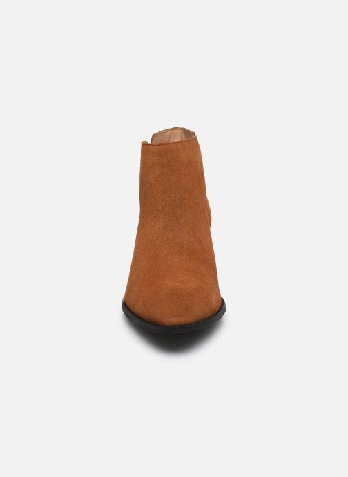 Botines  Bianco BIADARLEY Suede V-Cut Boot Marrón vista del modelo