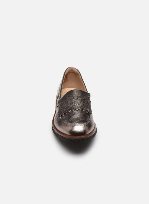 Mocassins Clarks Griffin Kilt Argent vue portées chaussures