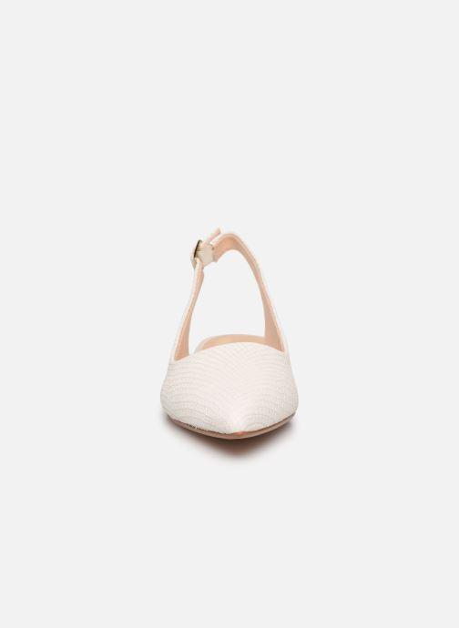Zapatos de tacón Clarks Laina15 Sling Blanco vista del modelo
