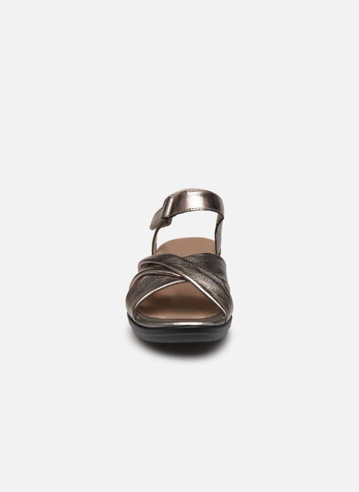 Sandales et nu-pieds Clarks Loomis Chloe Argent vue portées chaussures