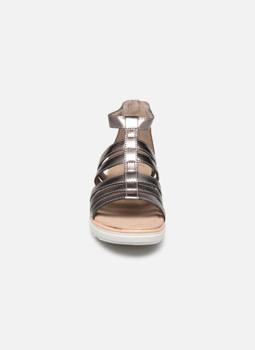 Sandales et nu-pieds Clarks Jillian Nina Argent vue portées chaussures