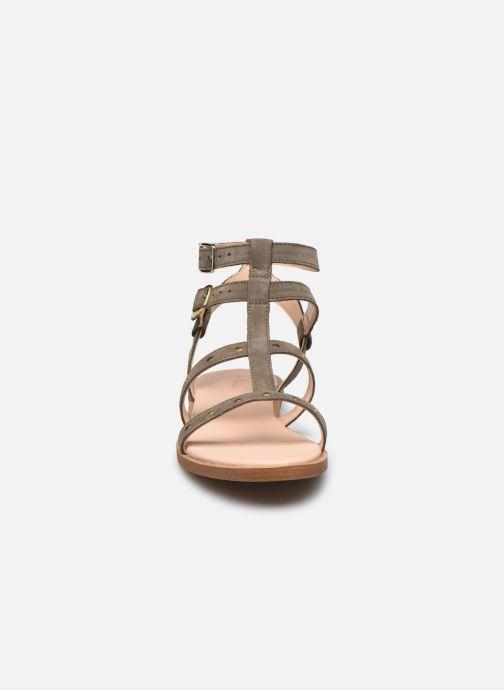 Sandales et nu-pieds Clarks Willow Glad Gris vue portées chaussures