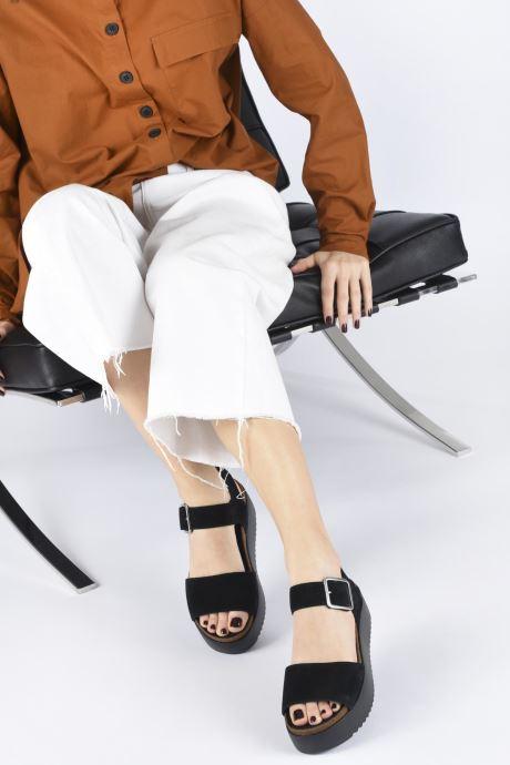 Sandales et nu-pieds Clarks Botanic Strap Argent vue bas / vue portée sac