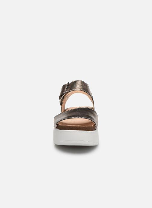 Sandales et nu-pieds Clarks Botanic Strap Argent vue portées chaussures