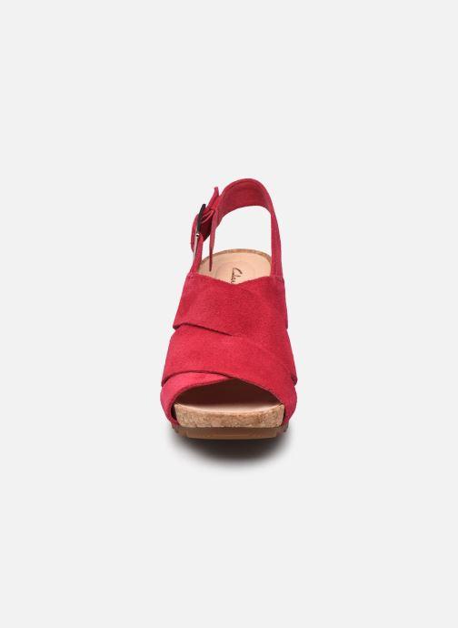 Sandales et nu-pieds Clarks Flex Sand Rose vue portées chaussures