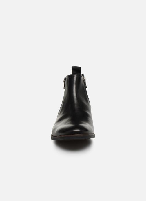 Bottines et boots Clarks Stanford Zip Noir vue portées chaussures