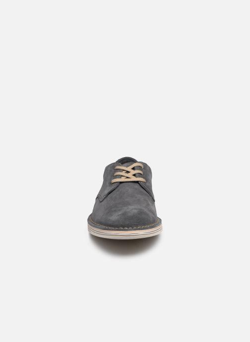 Chaussures à lacets Clarks Forge Vibe Gris vue portées chaussures