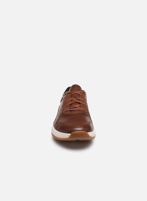 Baskets Clarks Sift Speed Marron vue portées chaussures