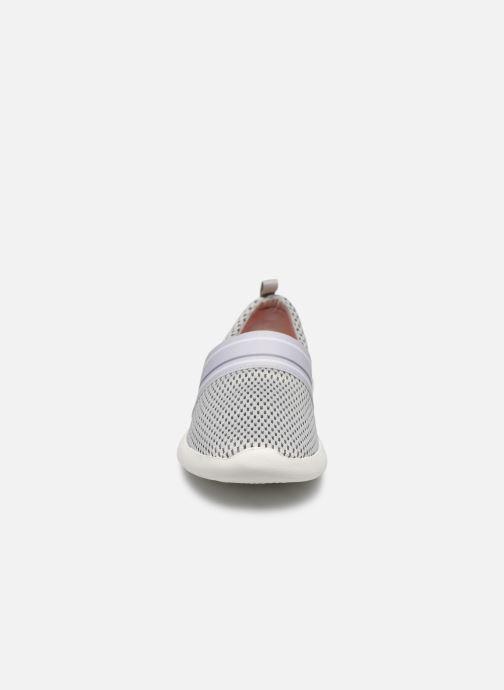 Sneakers Crocs LteRideMSlpW Grigio modello indossato