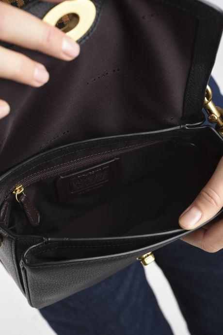 Handtaschen Coach Cassie Crossbody schwarz ansicht von hinten
