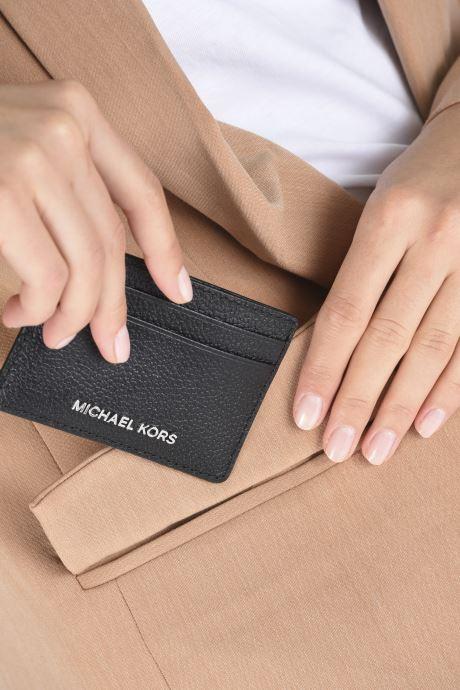 Petite Maroquinerie Michael Michael Kors JET SET  CARD HOLDER Noir vue bas / vue portée sac