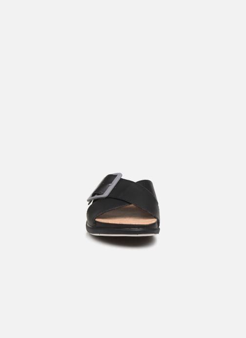 Mules et sabots Cloudsteppers by Clarks Step JuneShell Noir vue portées chaussures