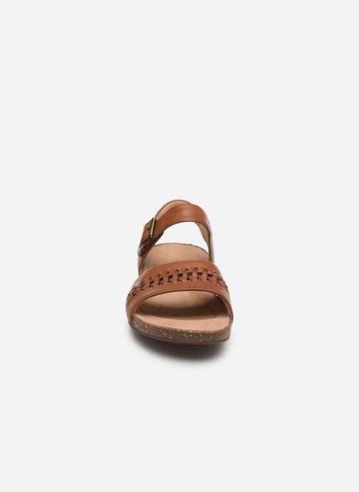 Sandales et nu-pieds Clarks Unstructured Un Perri Way Marron vue portées chaussures