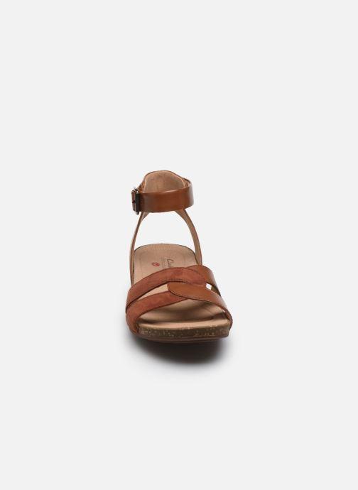 Sandales et nu-pieds Clarks Unstructured Un Perri Loop Marron vue portées chaussures