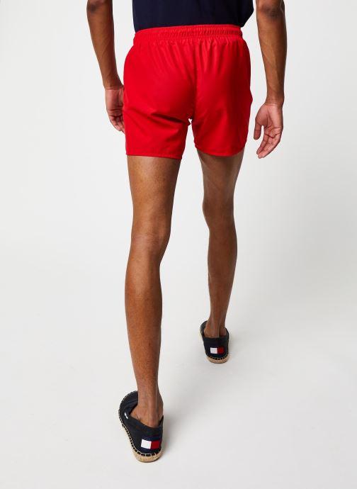 Vêtements Lacoste Maillot de Bain Rouge vue portées chaussures