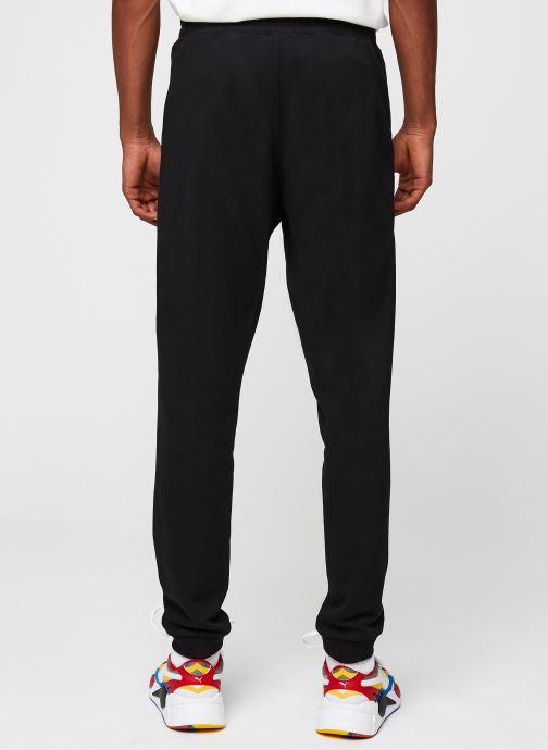 Vêtements Lacoste Pantalon de Jogging Noir vue portées chaussures