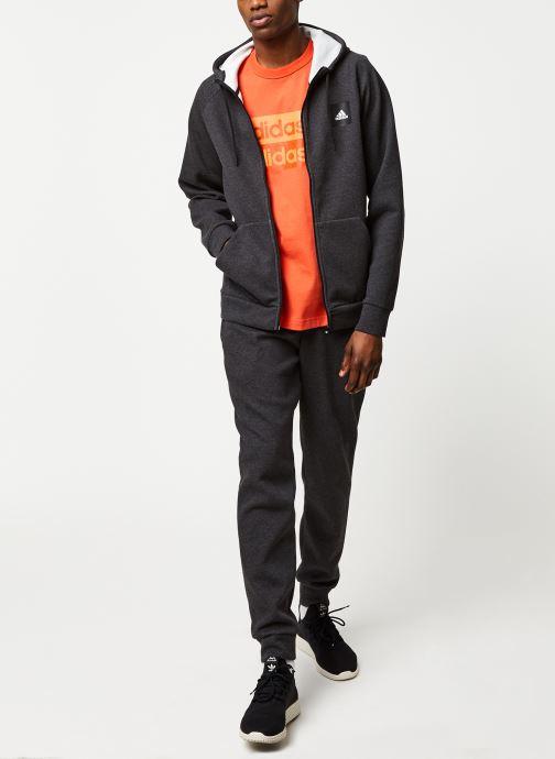 Vêtements adidas originals D Grp Tee 1 Orange vue bas / vue portée sac