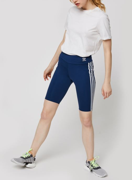 Vêtements adidas originals Short Tight Bleu vue bas / vue portée sac