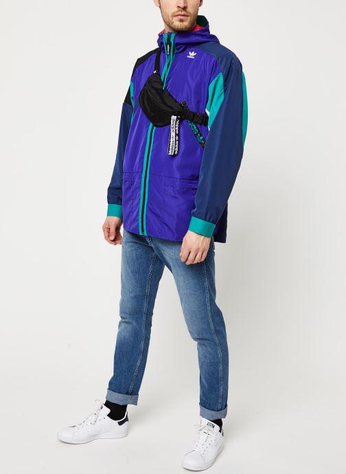 Vêtements adidas originals Wb Karkaj Violet vue bas / vue portée sac