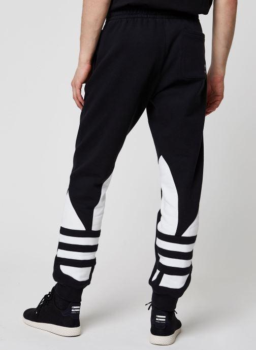 Vêtements adidas originals Bg Trefoil Pant Noir vue portées chaussures