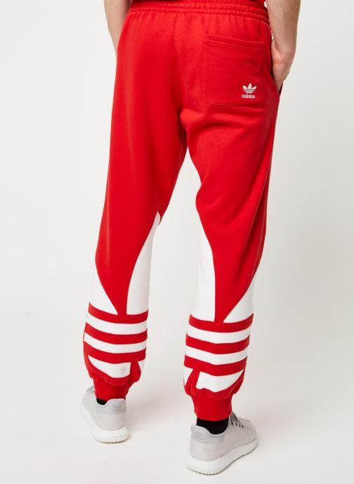 Vêtements adidas originals Bg Trefoil Pant Rouge vue portées chaussures