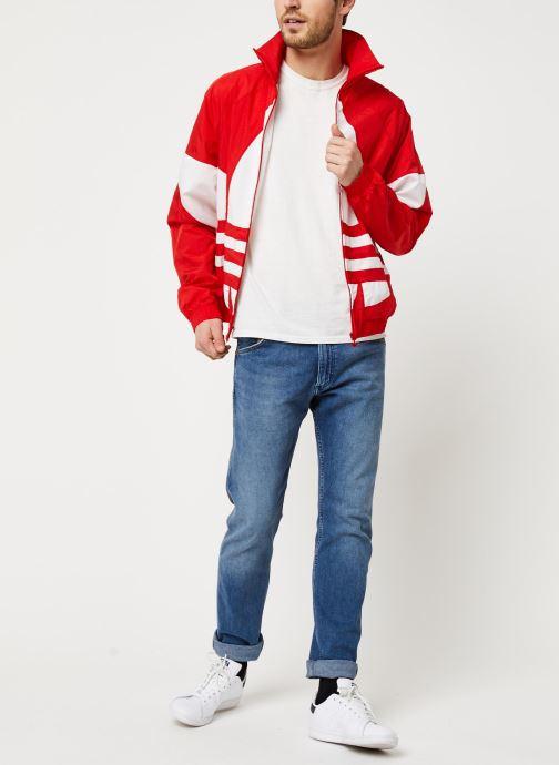 Vêtements adidas originals Bg Trefoil Tt Rouge vue bas / vue portée sac