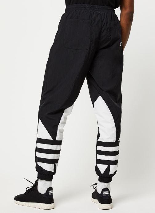 Vêtements adidas originals Bg Trefoil Tp Noir vue portées chaussures