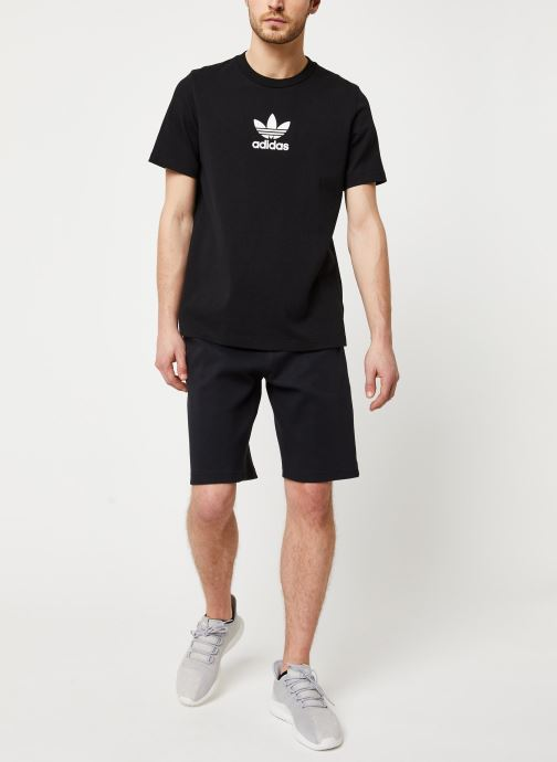 Vêtements adidas originals Adiclr Prm Tee Noir vue bas / vue portée sac