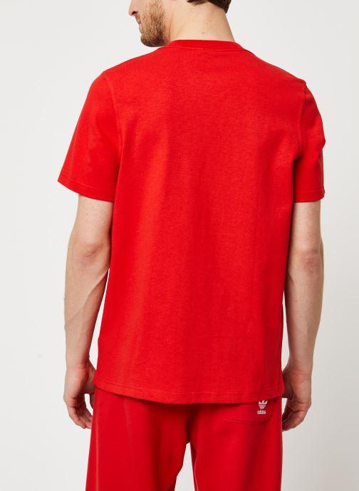 Vêtements adidas originals Adiclr Prm Tee Rouge vue portées chaussures