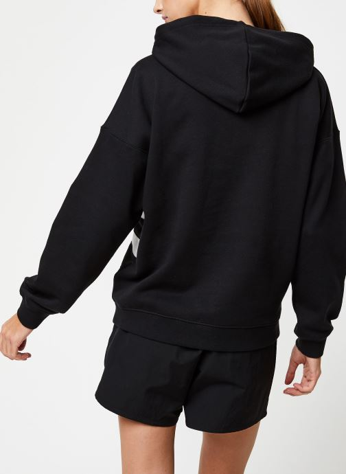 Vêtements adidas originals Lrg Logo Hoodie Noir vue portées chaussures