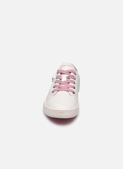 Sneakers Geox J Gisli Girl/J024NB Bianco modello indossato