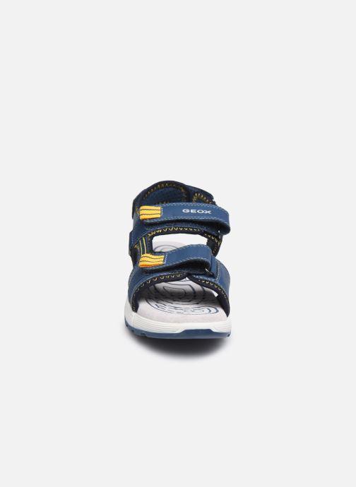 Sandales et nu-pieds Geox J Sandal Alben Boy/J02AVC Bleu vue portées chaussures
