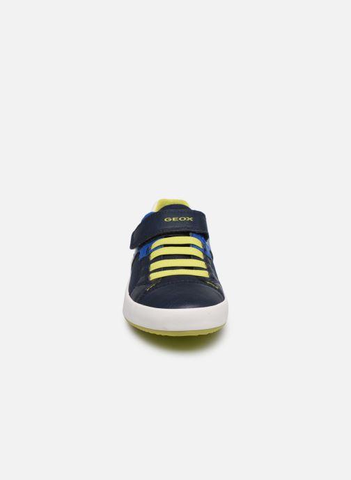 Baskets Geox J Gisli Boy/J025CB Bleu vue portées chaussures