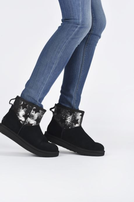 Ankle boots UGG Classic Mini Sequin Stars Black view from underneath / model view